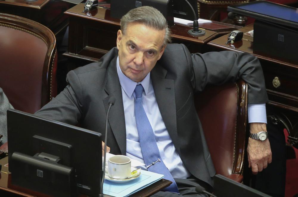 Se le escapó la tortuga| El PJ se quebró en el Senado